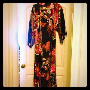 55% OFF -- Natori Silky Kimono Wrap Robe NWOT